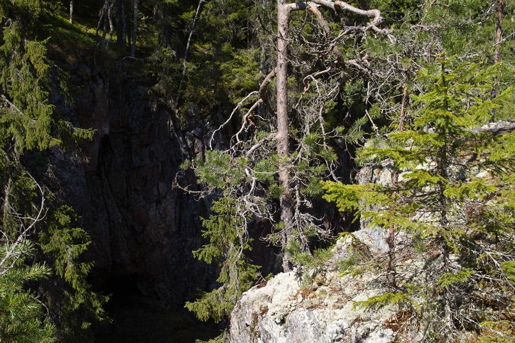 Hitonhauta Suomen Grand Canyon Karttaan Merkitty Tie
